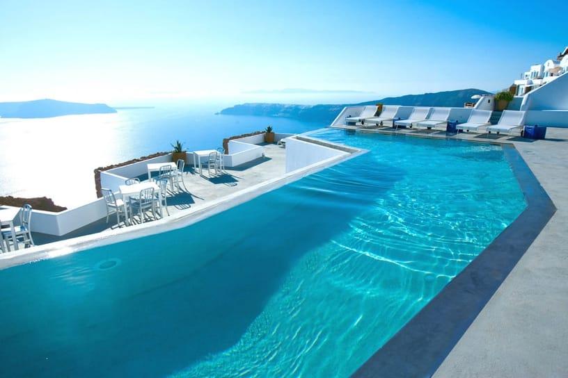 piscine paradisiaque grece santorin. Black Bedroom Furniture Sets. Home Design Ideas