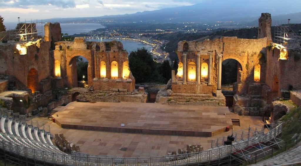 teatro-grecoromano-taormina